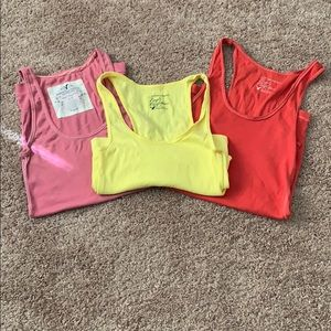 3/$15 American Eagle Tanks